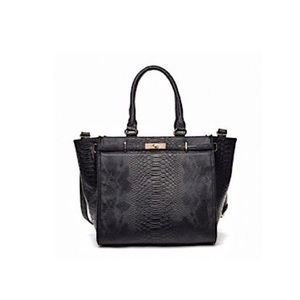 URBAN EXPRESSIONS VEGAN LEATHER LARGE TOTE